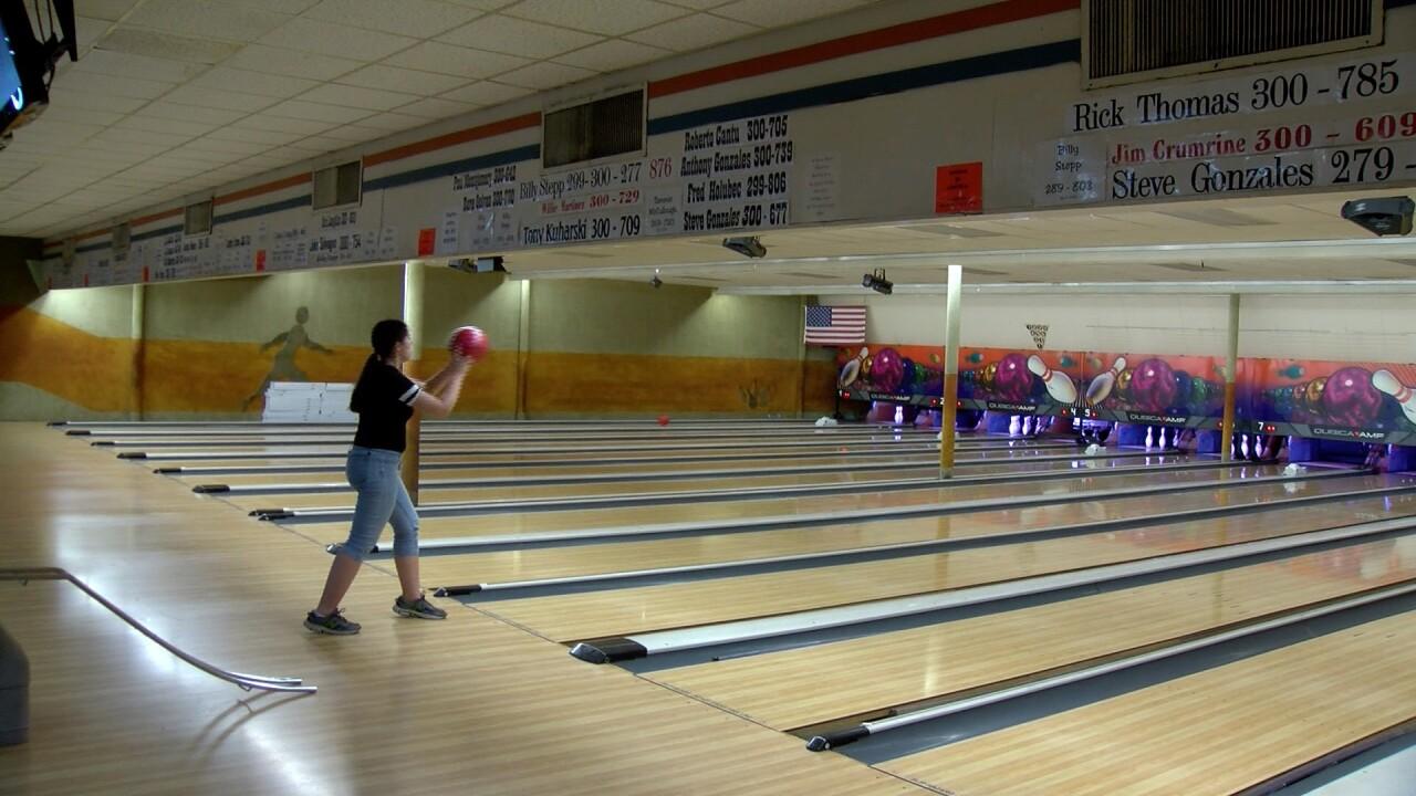 Bee Family Fun Center bowling.jpg