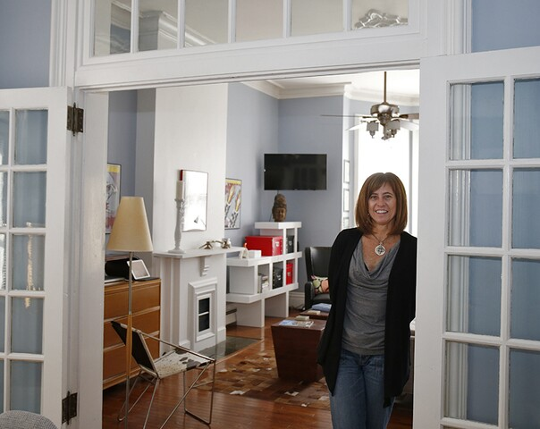Home Tour: Tiny apartment in West Newport offers some big pluses