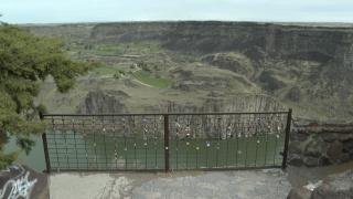 twin falls love lock fence