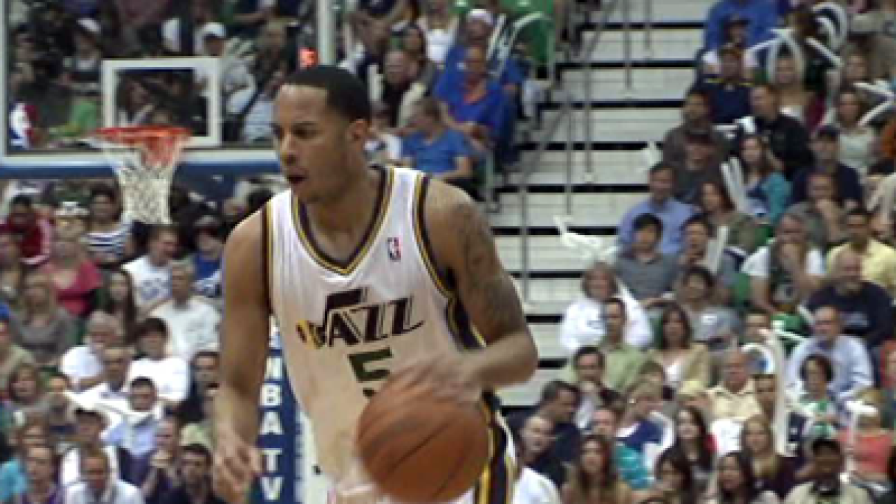 Jazz lose to Spurs 102-90, fall to 0-3 in series