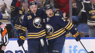 Okposo scores twice in Sabres win