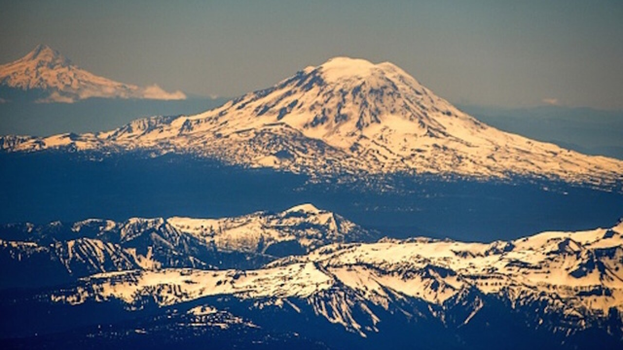 Mount St. Helens remains active