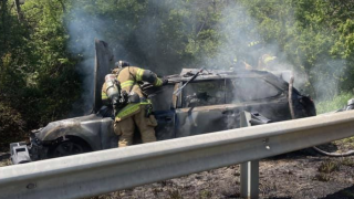 One person killed after vehicle crashes, catches fire on I-70 in Frederick.png