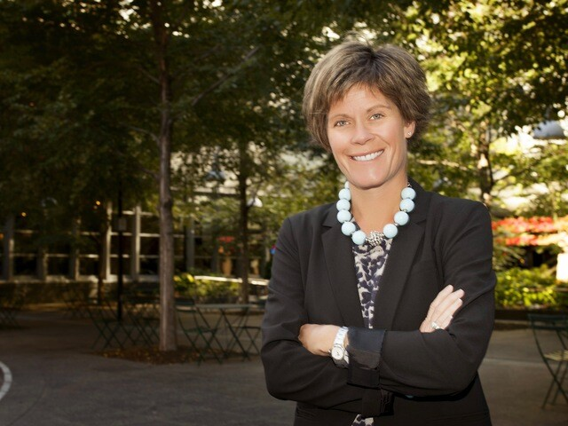 Cincinnati USA Convention & Visitors Bureau names Julie Calvert new president and CEO