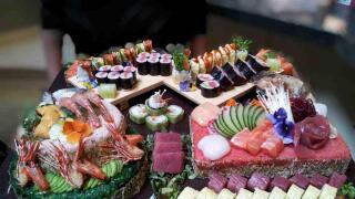 sushi on a roll san diego.jpeg