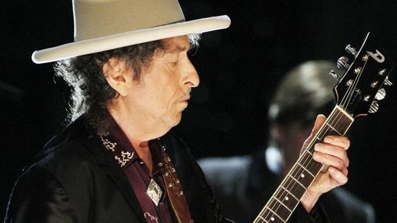 Bob Dylan coming to South Florida this fall