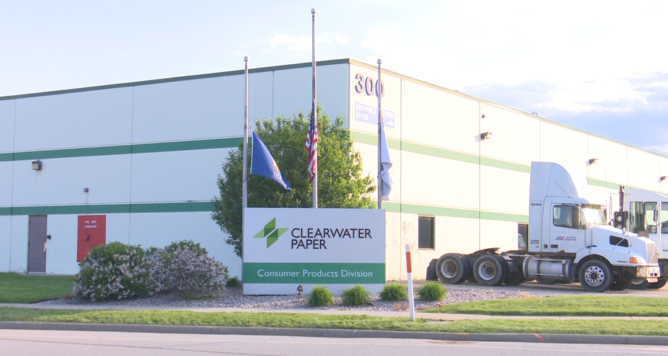 Clearwater Paper closing Neenah facility