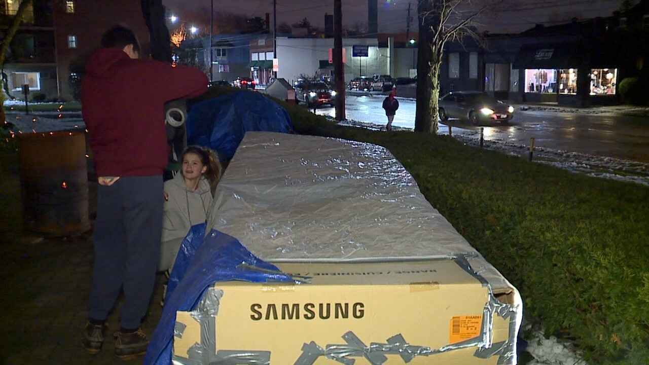 LAKEWOOD SLEEP OUT