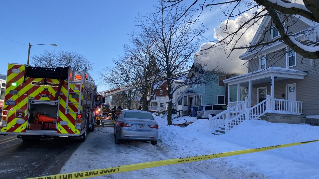Large house fire in Grand Rapids