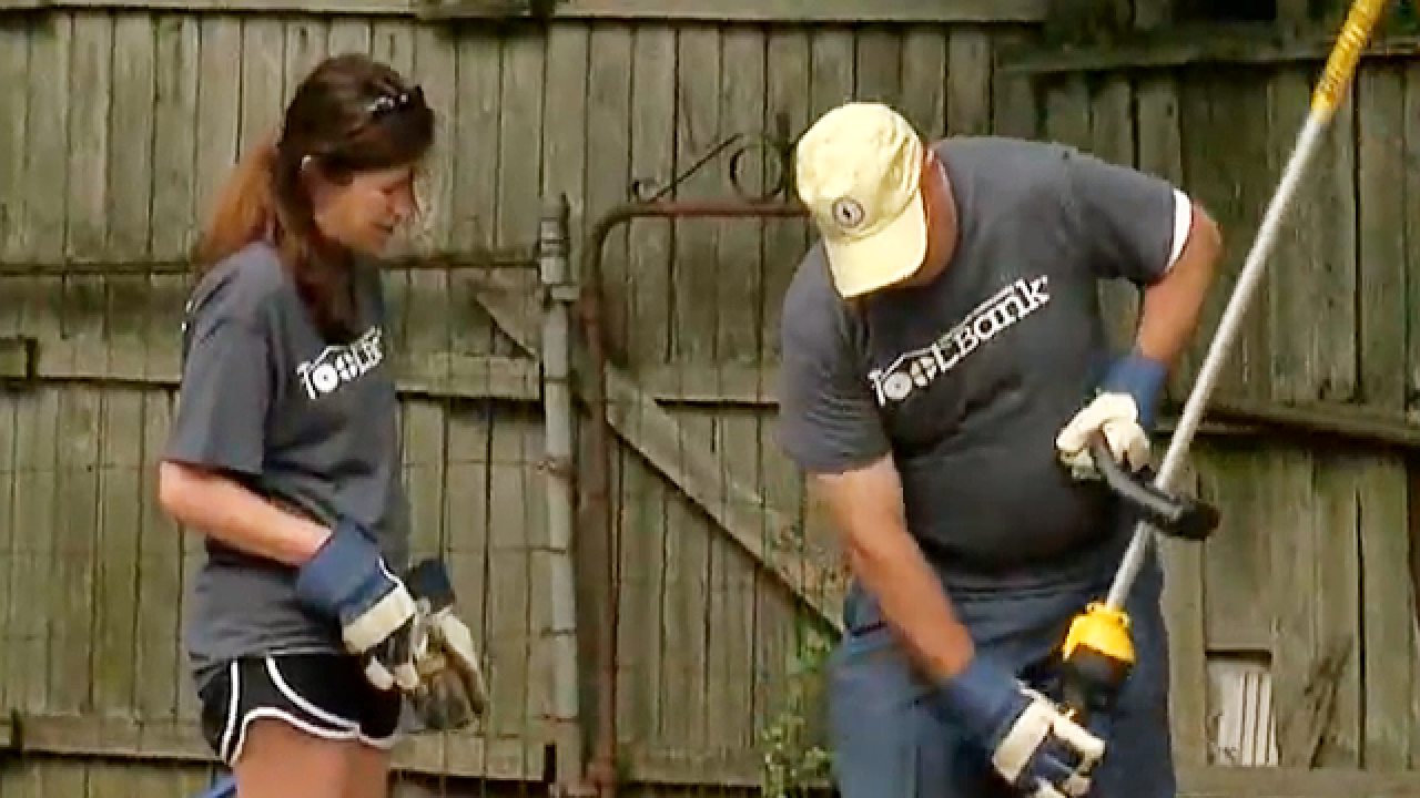 Community volunteers get hand from Toolbank