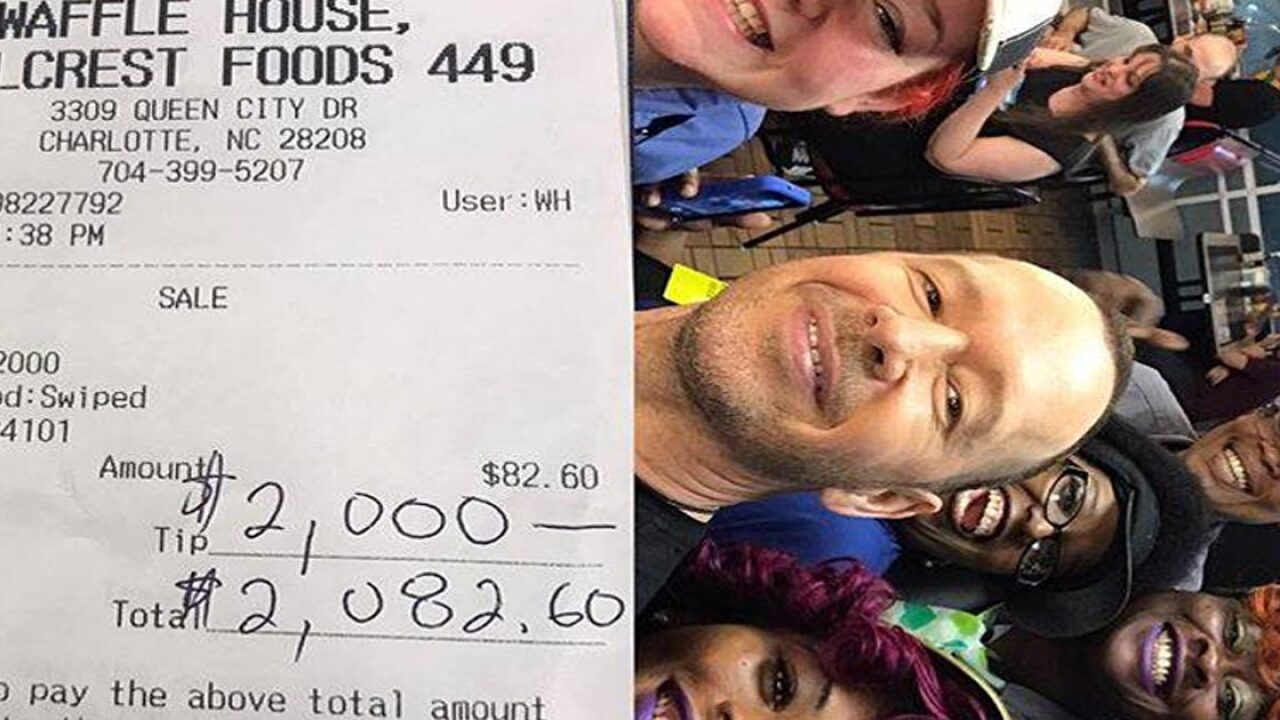 Donnie Wahlberg leaves $2,000 tip at North Carolina Waffle House