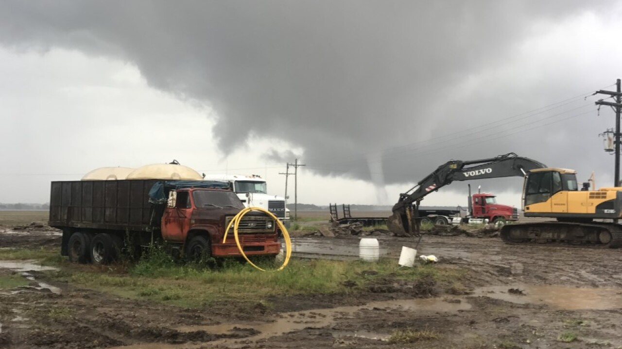 possible tornado port barre.jpg