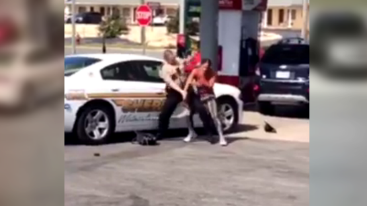 Deputies: Viral video of altercation between deputy and woman doesn't show the fullstory