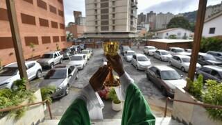 Virus Outbreak Venezula Car Mass