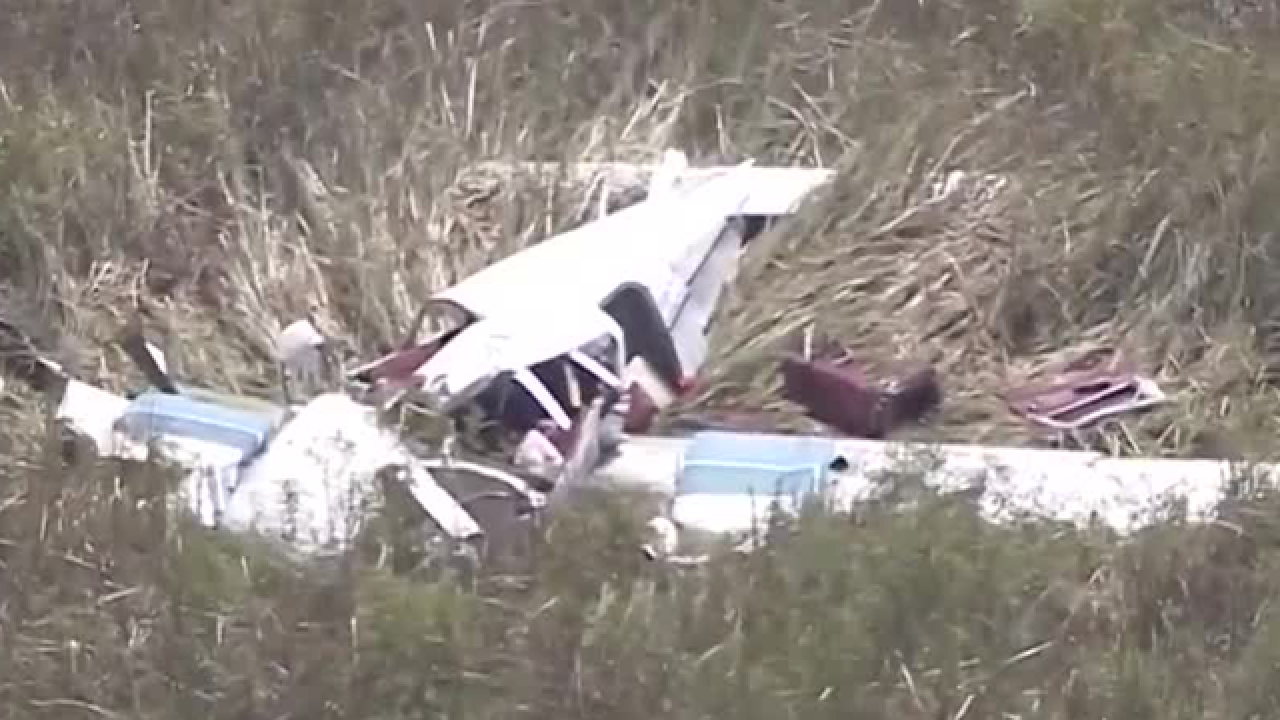 Flight school closing after 4 killed in Everglades crash