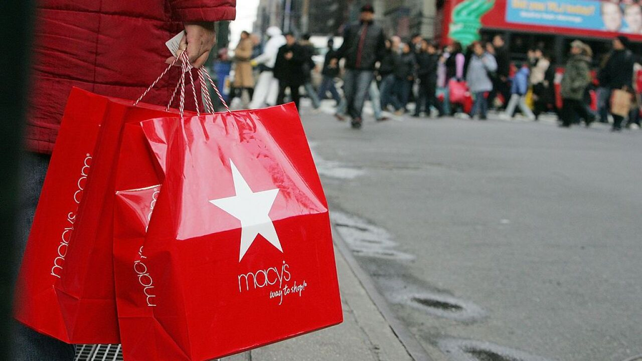 U.S. retail sales in March plunge due to COVID-19 pandemic