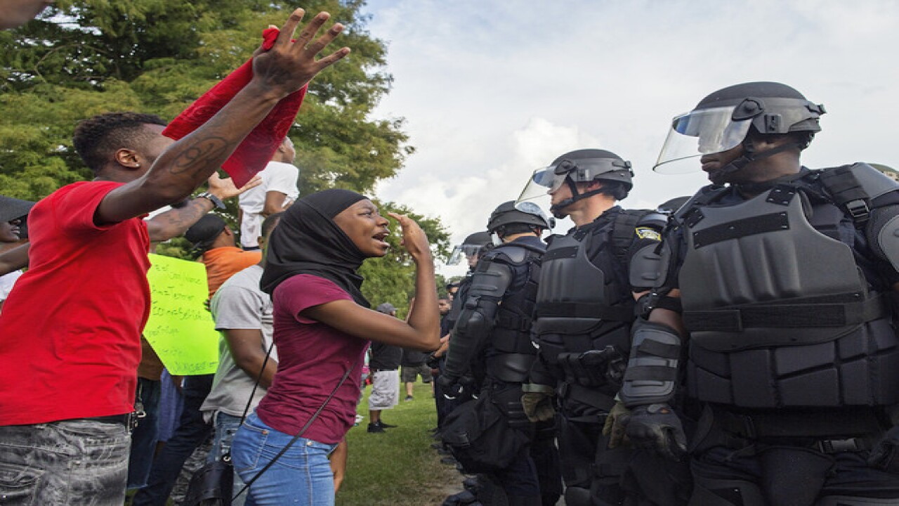 Protests against shootings resume in Baton Rouge