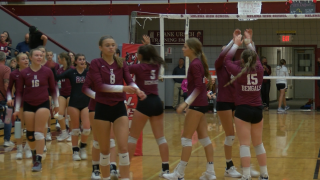 Helena High volleyball rallies to win Crosstown matchup