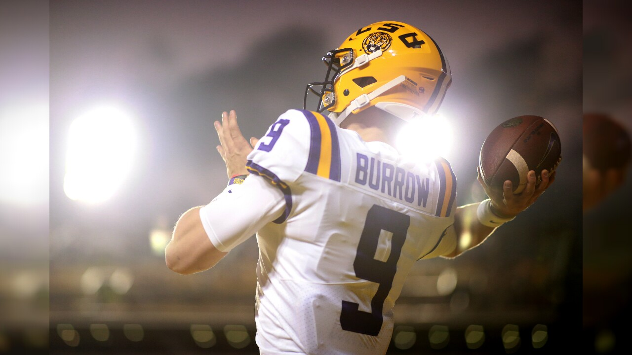 Joe Burrow Heisman Winner.jpg