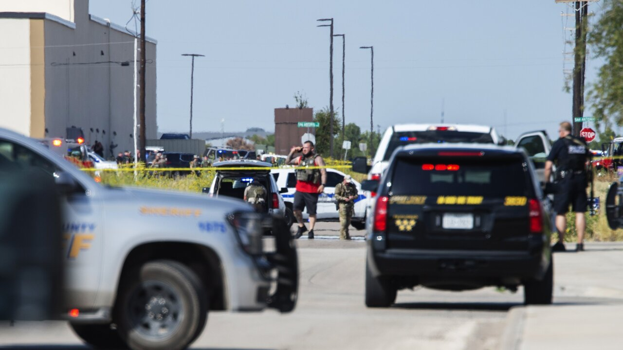 Texas shooting rampage that killed 7 and wounded 22 began with a traffic stop, police say