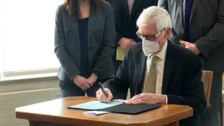 gov. evers face mask 2