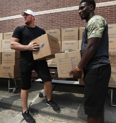 JJ Watt helps distribute Hurricane Harvey donations