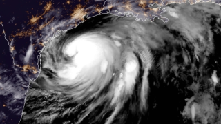 Texas coast now prepares for hurricane