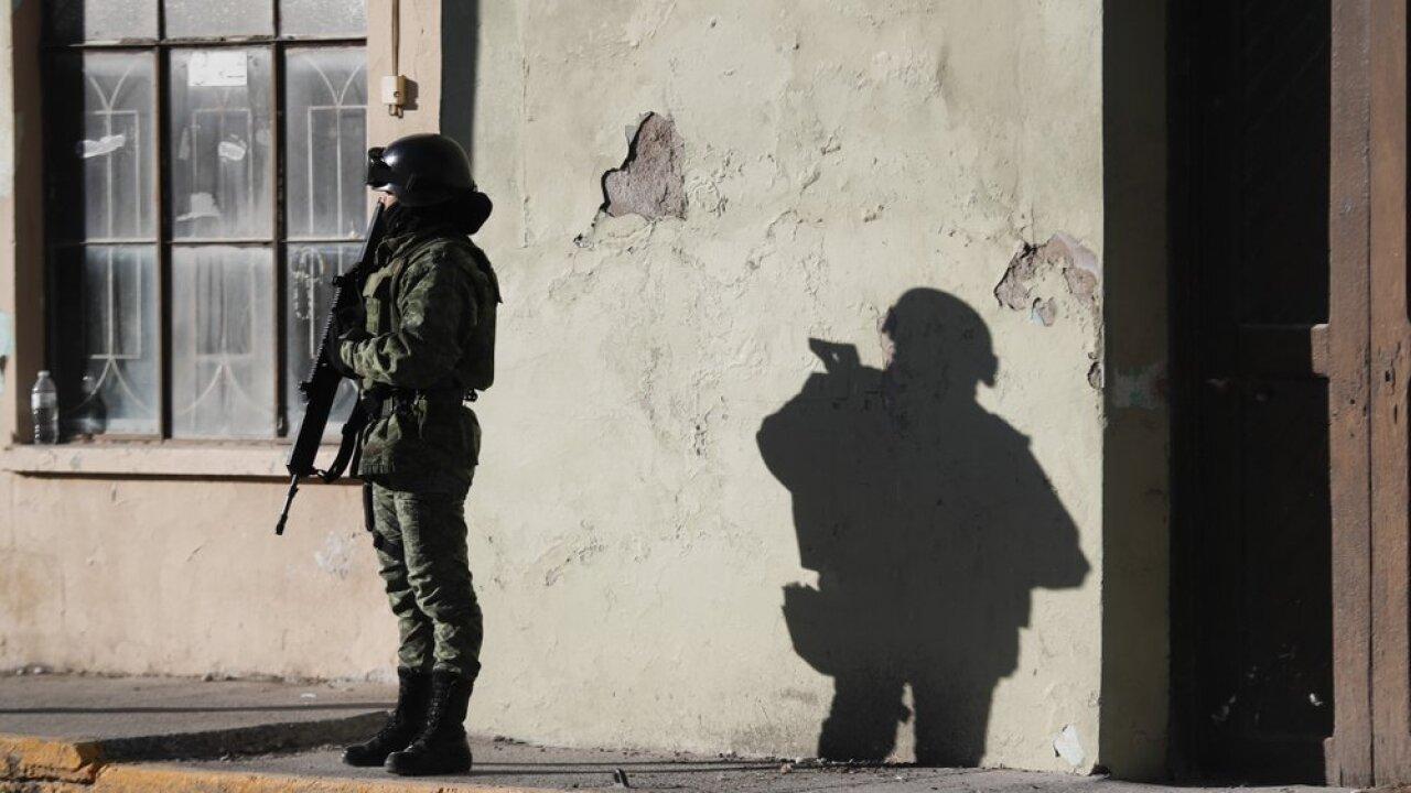 gunbattle 3.jpg