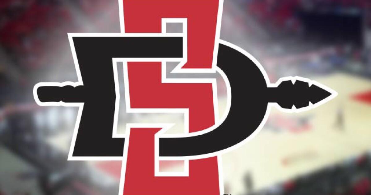 SDSU wins 21st straight game to set school record