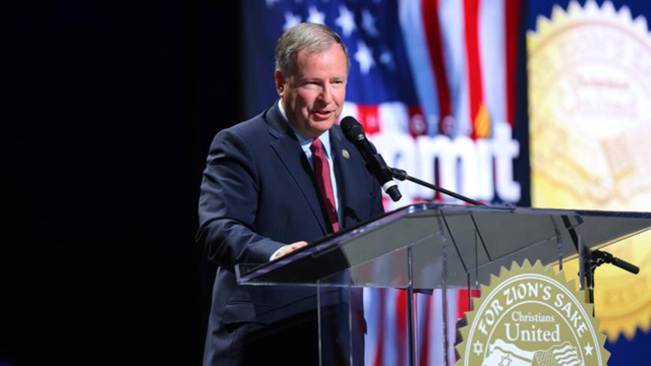 Lamborn asks DOJ to investigate Colo. Civil Rights Commission after ruling against baker Phillips