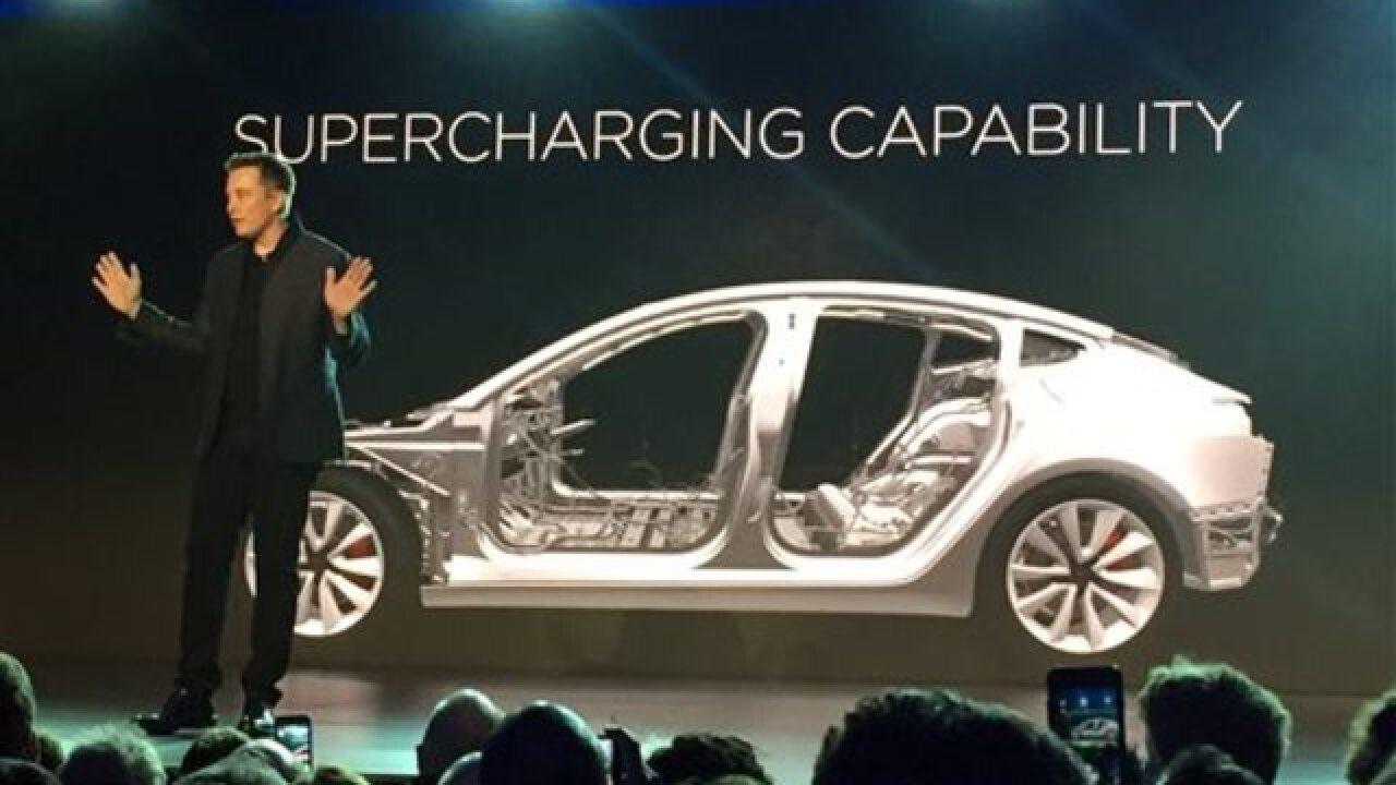 Tesla gets 115K reservations for Model 3