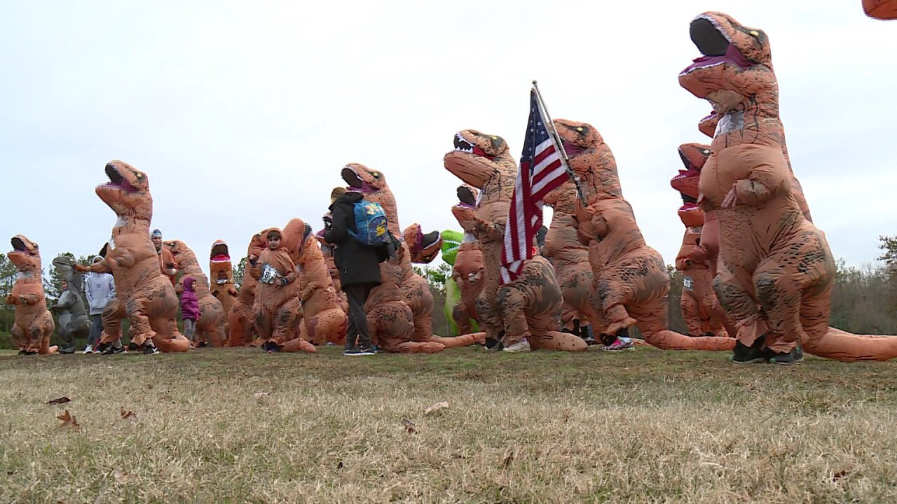 🦖'Dino-Mite!' — Terror of T-Rexes go for Guinness World Record at Henrico park