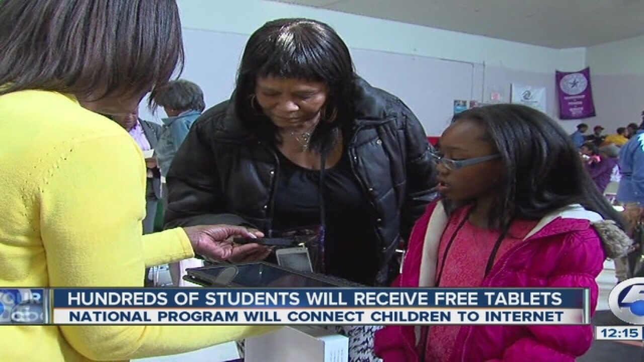 Low-income CLE kids to get free internet