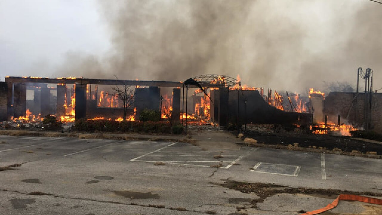 Fire burns down old clubhouse to structure fire at Windtree Golf Course