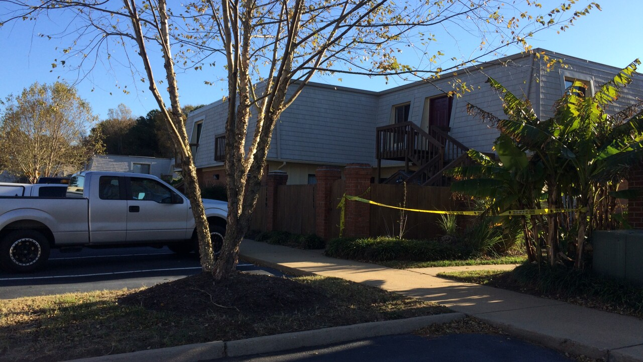 Virginia Beach Police investigating homicide in condominium complex