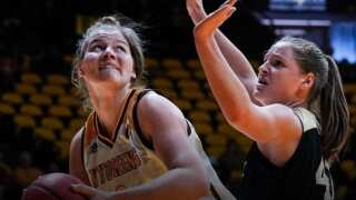 Wyoming Cowgirls to face Boise State Wednesday in MWC championship
