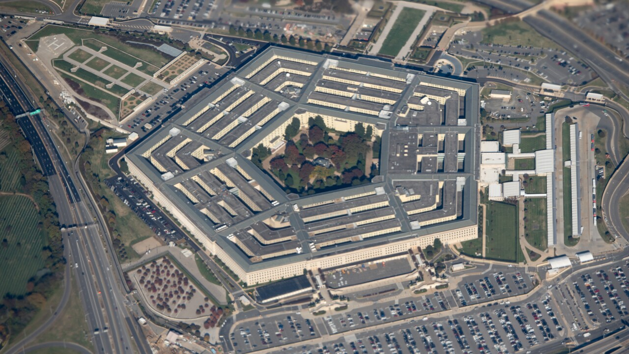 Amazon, Microsoft wage war over the Pentagon's 'war cloud'