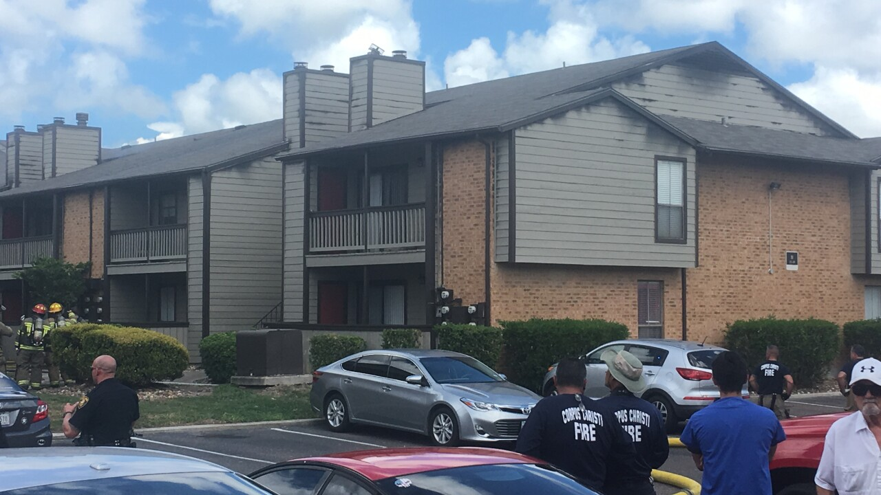 Fire breaks out at apartments on Saratoga Blvd.