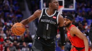 Reggie Jackson, Pistons win to end end Blazers' six-game streak