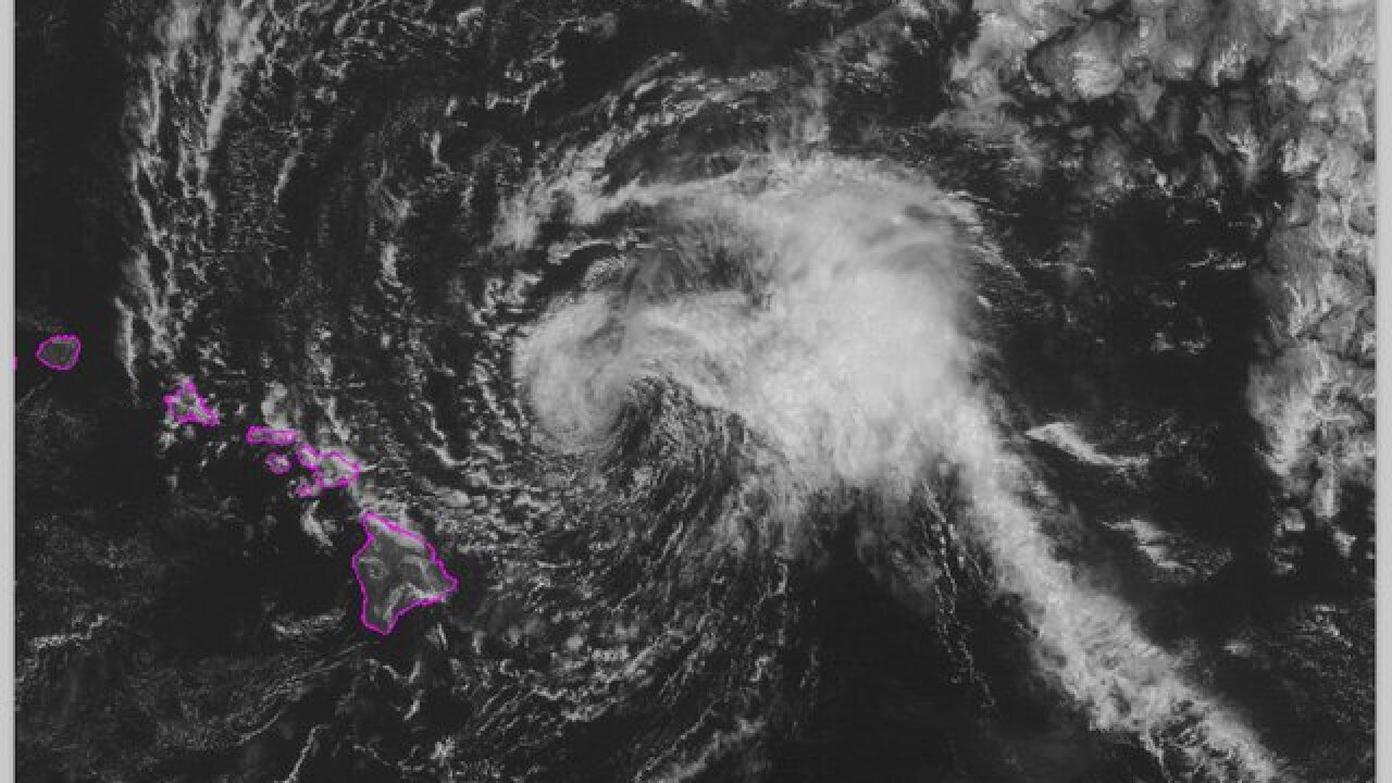 Tropical Storm Olivia makes landfall in Hawaii