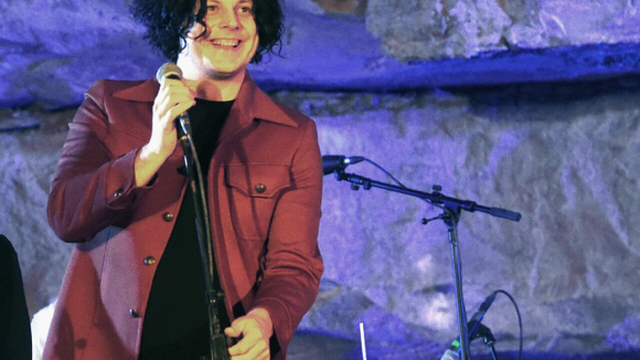 Jack White issues cell phone ban for upcoming U.S. shows