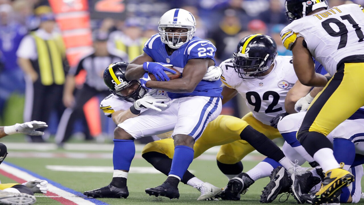 PHOTOS: Colts vs. Steelers Thanksgiving night