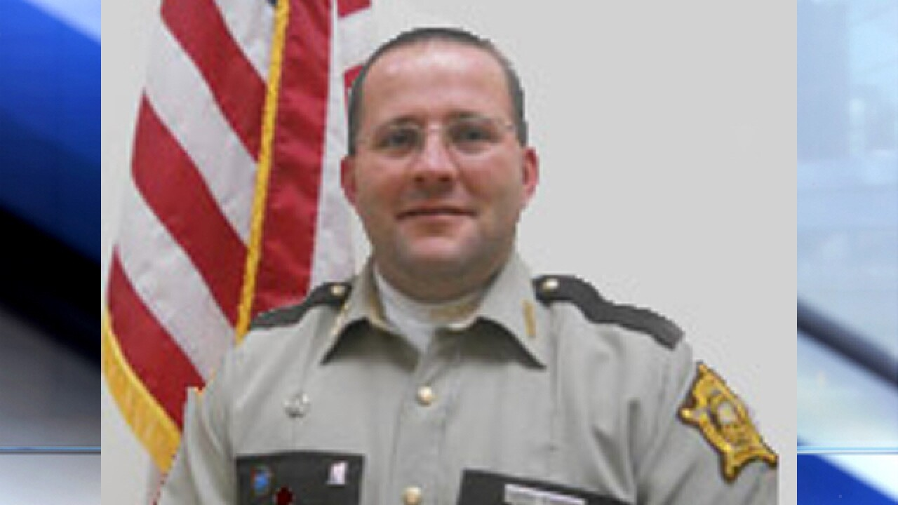 Carroll County sheriff accused of stealing pain medication