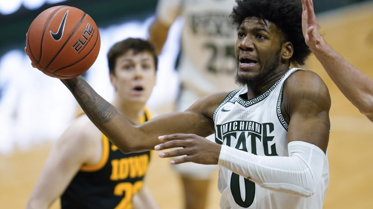 Aaron Henry Iowa Michigan St Basketball