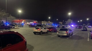 mall shooting.jpg