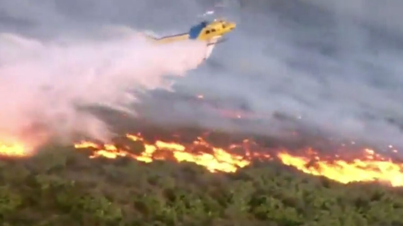 simi_valley_fire_easy_fire_aerial3.jpg