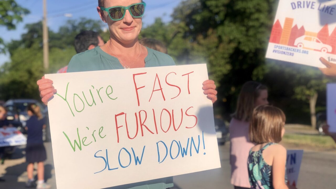 Parents take on speeders outside Richmond elementary school: 'It's really dangerous'