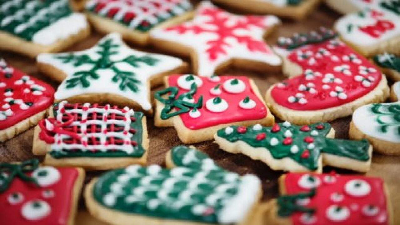 Hallmark Is Looking For Amateur Bakers For Their New Show, 'Christmas Cookie Countdown'