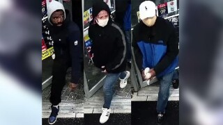 Baltimore Co. Police looking for suspects in Royal Farms burglary.jpg
