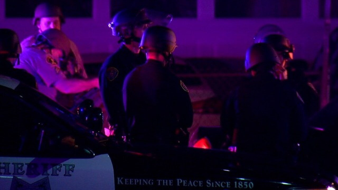 Man fires shots, holds woman hostage in El Cajon
